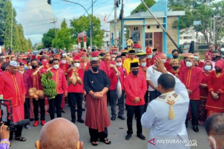 Bupati Thaher Tradisi Yelim kekayaan masyarakat Kei perlu dipertahankan