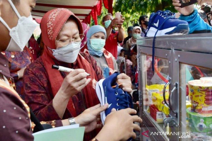 Tri Rismaharini luncurkan Sentra Kreasi Atensi di Bogor