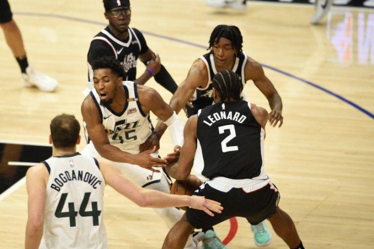 Clippers kalahkan Jazz, dan berpeluang ke semifinal Wilayah Barat