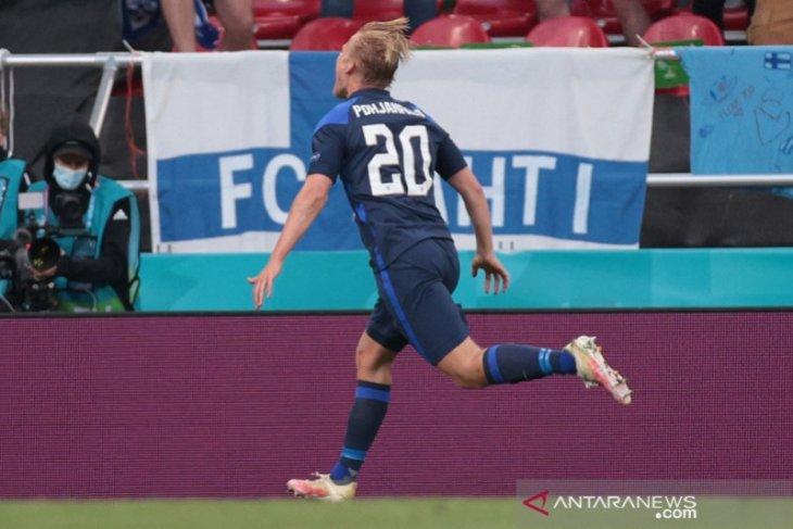 Finlandia tundukkan Denmark 1-0 setelah Christian Eriksen kolaps