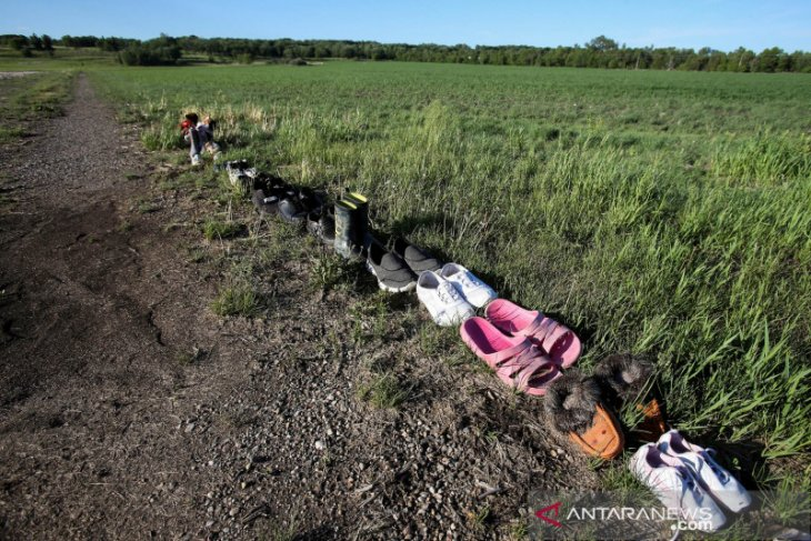 Kelompok pribumi Kanada temukan ratusan kuburan tanpa nisan