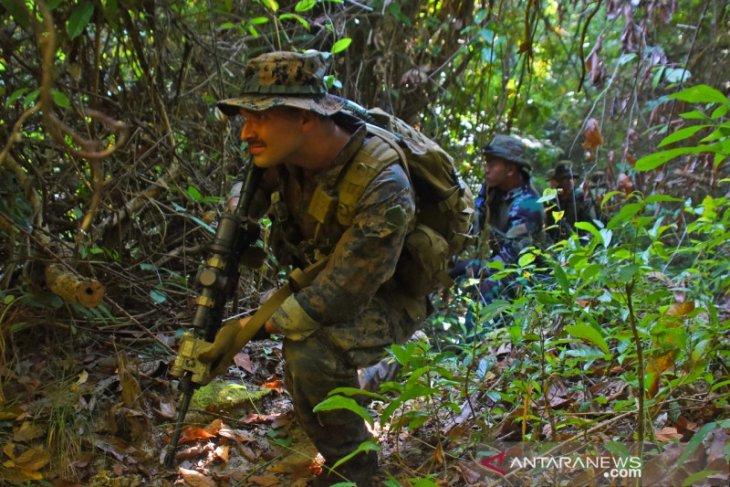 Marinir Indonesia-AS latihan perang hutan