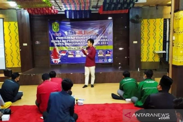 Banjarmasin selects five youth as pioneers