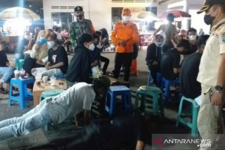 Tim Yustisi Belitung jaring 26 pelanggar protokol kesehatan