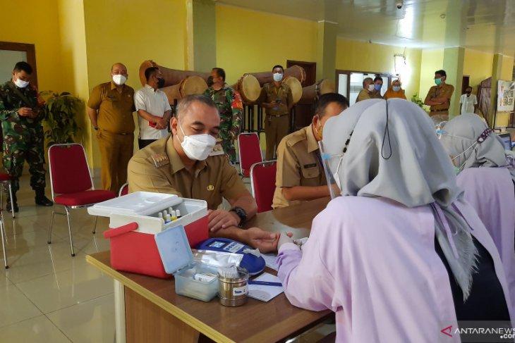 Bupati Tangerang Ahmed Zaki Iskandar ajak warga mendonorkan darah