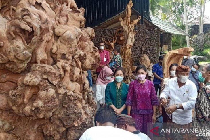 Dekranasda Kota Batu kagumi produk kerajinan Gianyar