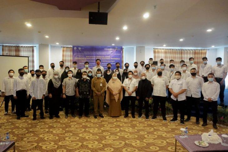 Wabup Paser buka vocational school graduate academy