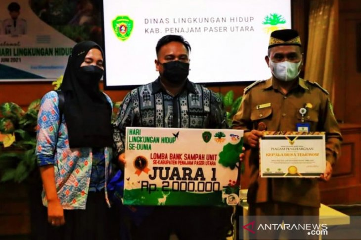 Desa Telemow  Kabupaten Penajam juarai lomba Bank Sampah