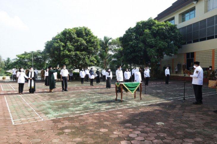Gubernur Banten lantik  20 pejabat Dinas Kesehatan pengganti yang mundur
