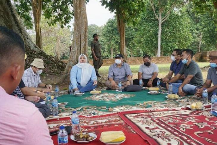 Bupati Masnah diskusi pengembangan percandian Muara Jambi
