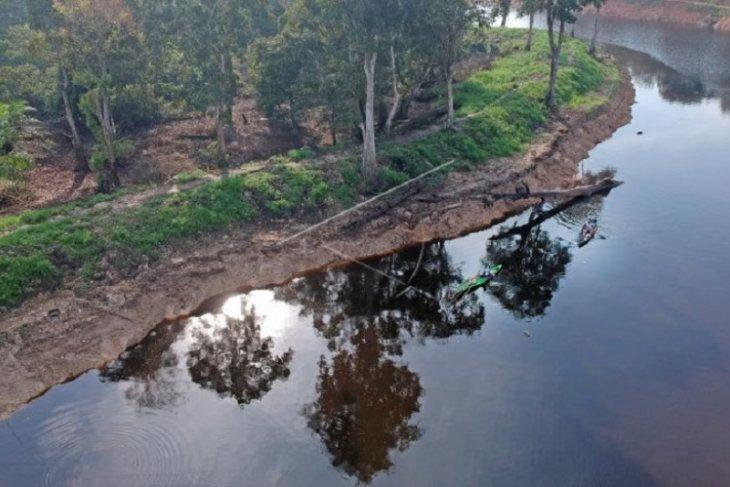 Kanal kuno kawasan percandian Muarajambi