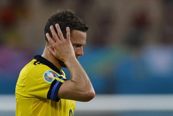 Pemain Swedia dukung Berg setelah dilecehkan di medsos