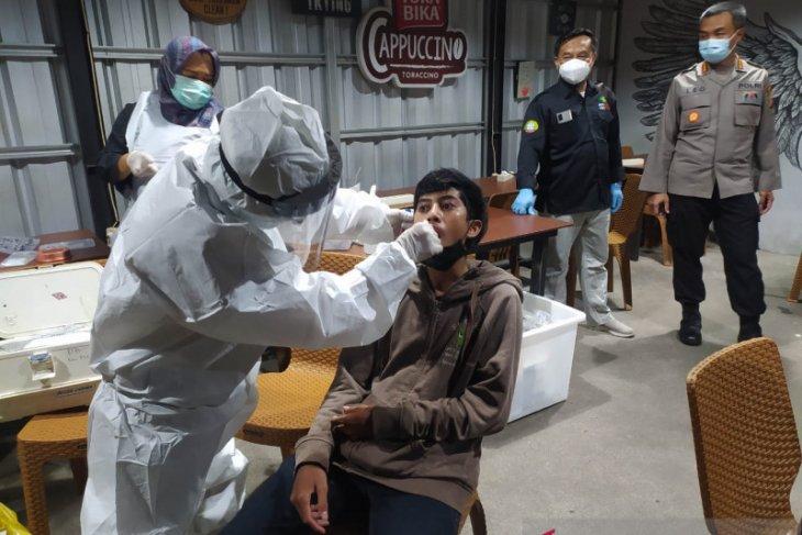 Capaian vaksinasi COVID-19 di Pontianak lebihi target