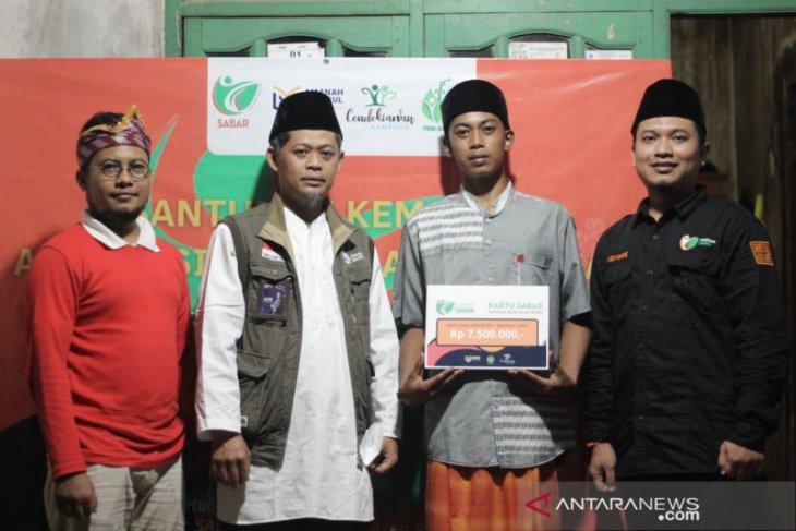 Amanah Takaful salurkan bantuan bagi guru ngaji di Pandeglang dan Cilegon