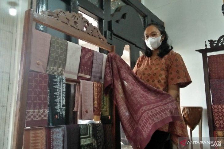 Kurang diminati ternyata upah pengrajin  batik Jambi capai jutaan rupiah