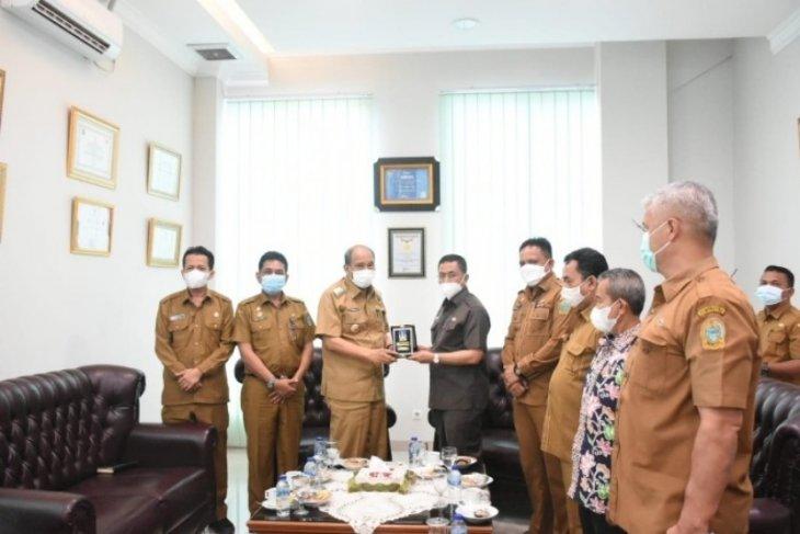 Wali Kota Tebing Tinggi terima tim penilai kelurahan