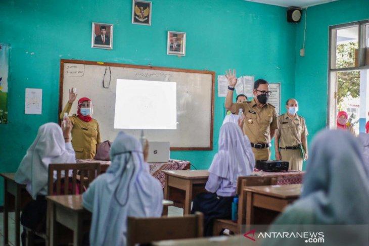 Uji coba pembelajaran tatap muka di Kota Bogor dihentikan akibat kasus COVID-19 meningkat