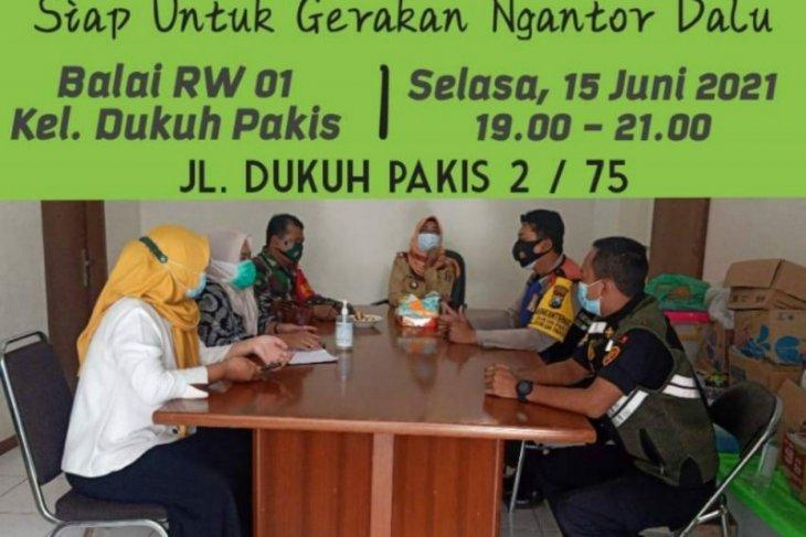 Gerakan camat-lurah berkantor di Balai RW/RT Kota Surabaya kian gencar