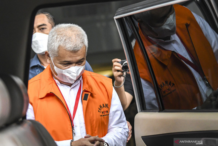 KPK panggil Bupati Bandung Barat nonaktif Aa Umbara kasus dugaan korupsi