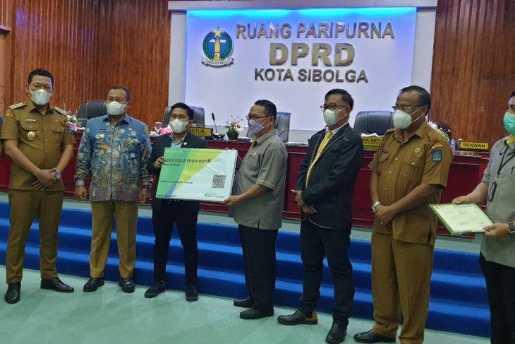 Pemkot dan DPRD Sibolga terima penghargaan dari BPJS Ketenagakerjaan