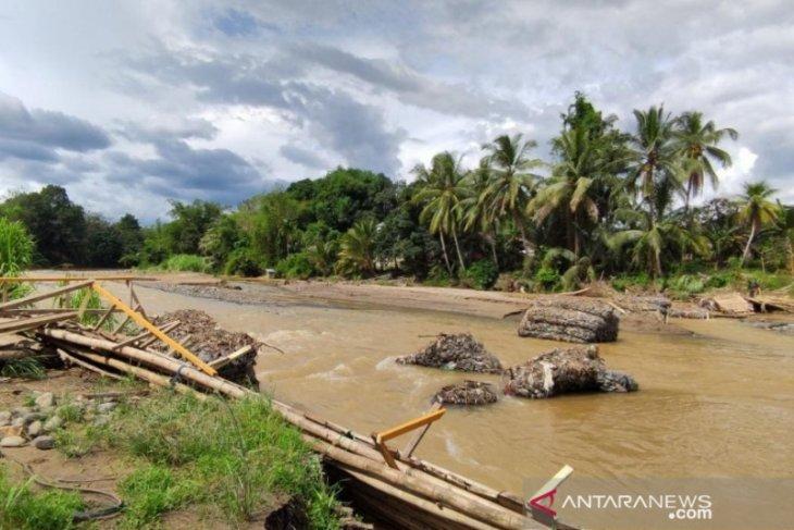 DPRD HST: Pembangunan jembatan daerah rawan banjir harus menjadi prioritas Pemkab