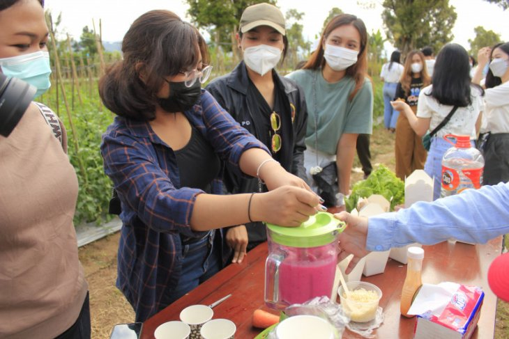 Mahasiswa Unud fasilitasi pemasaran olahan pangan lokal Bali