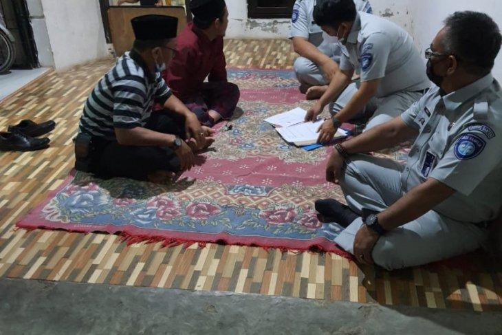 Jasa Raharja Cabang Banten Santuni warga Serang Alami Kecelakaan di Tol Palikanci