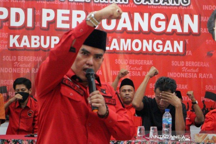 Anggota DPR Nasyirul Falah Amru minta Pertamina investigasi kebakaran kilang Cilacap