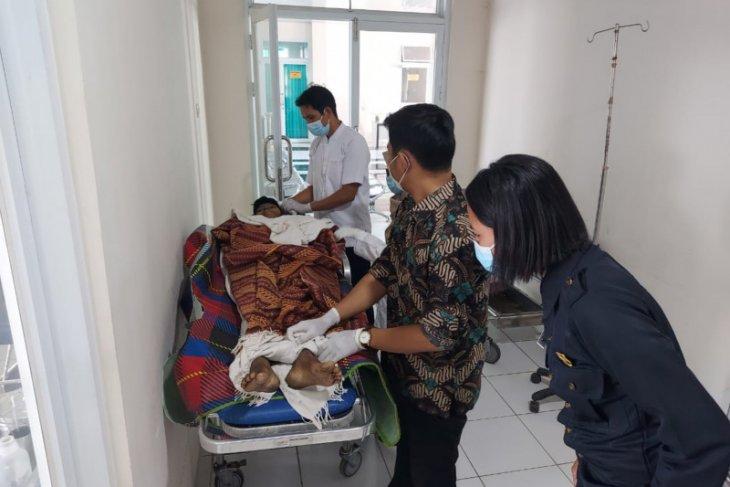 Seorang pria ditemukan tewas di sebuah penginapan Jalan Tanjung Hulu
