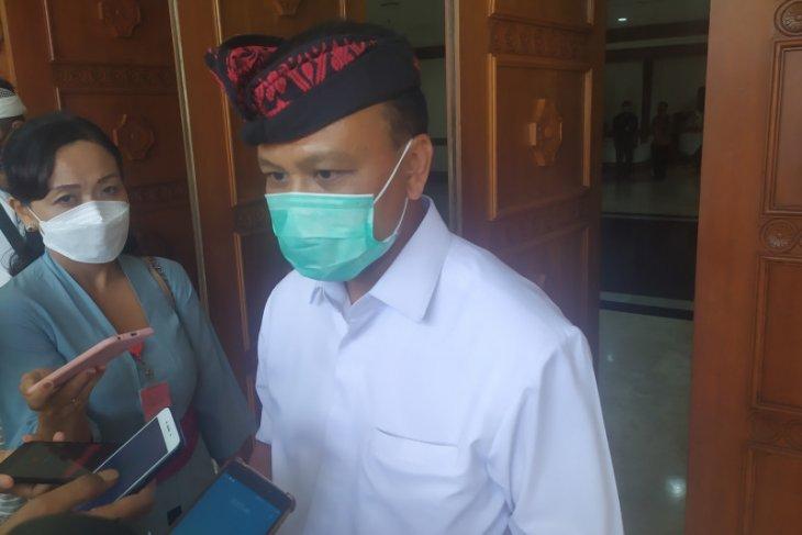 Pemprov Bali: jangan simpulkan warga meninggal diduga karena vaksinasi