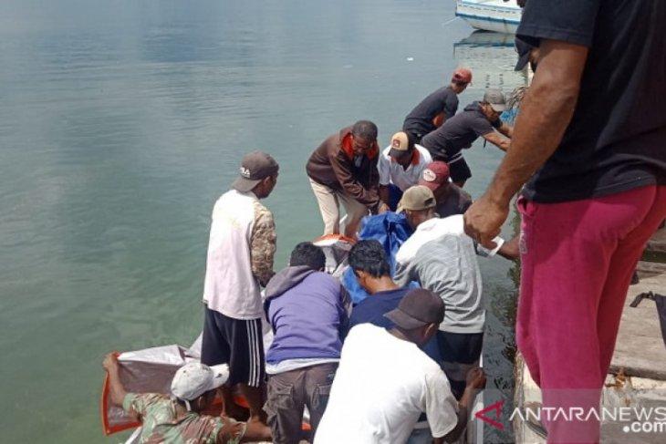 Tim SAR temukan jasad nelayan hilang di Selat Tabarfange Maluku
