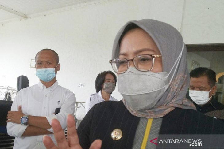 Penularan COVID-19 melonjak, Kabupaten Bogor batal gelar PTM