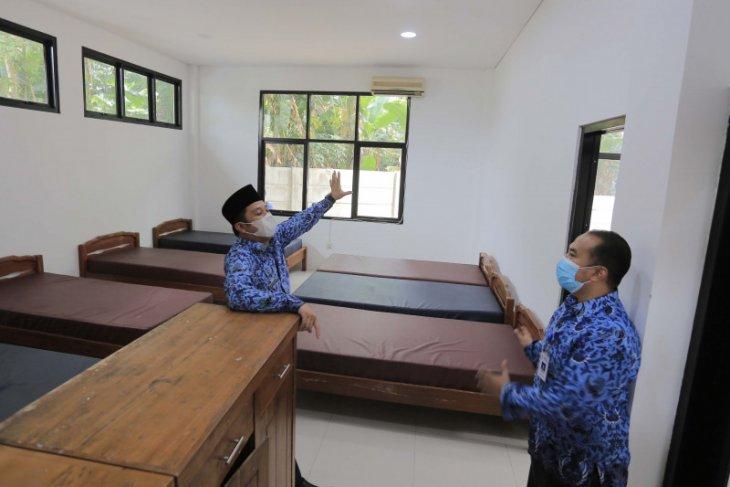 Terkait lonjakan kasus COVID-19, Pemkot Tangerang tambah tempat isolasi