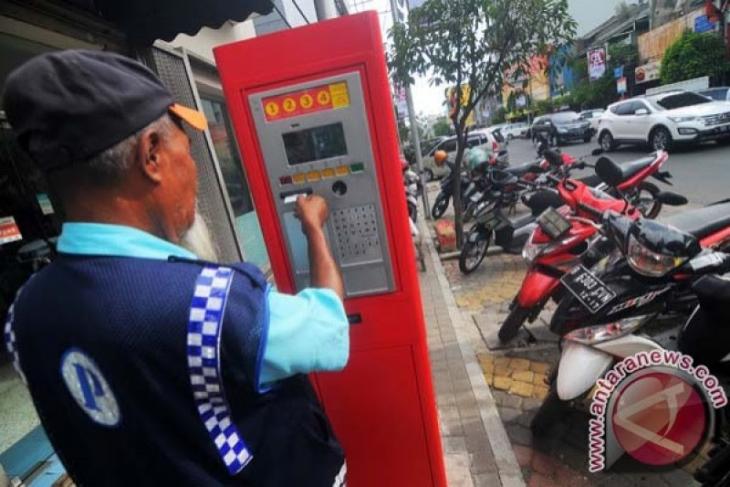 Pemko Banda Aceh diminta realisasikan sistem parkir nontunai