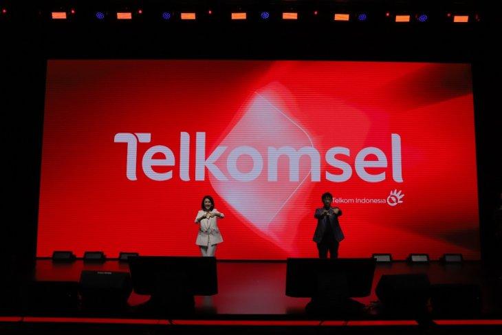 Telkomsel perkenalkan logo baru bawa identitas budaya Indonesia