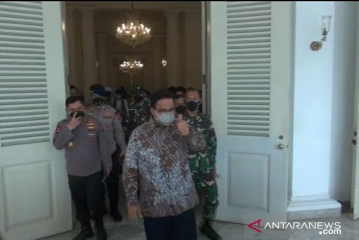 Governor urges Jakarta residents to stay at home on weekend