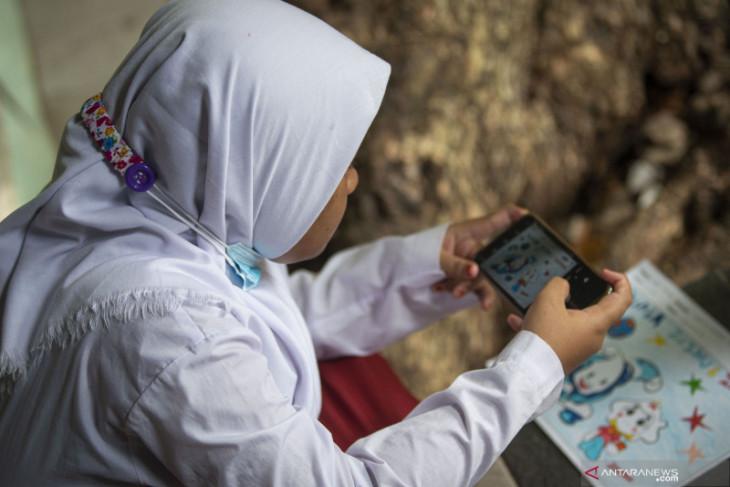 Perjuangan dari Sangihe: Setahun belajar online