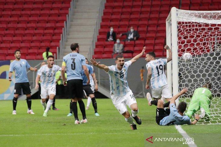 Argentina puncaki Grup A Copa America usai taklukkan Uruguay