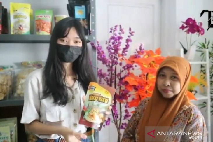 Masyarakat Karawang diajak mencintai dan belanja produk UMKM
