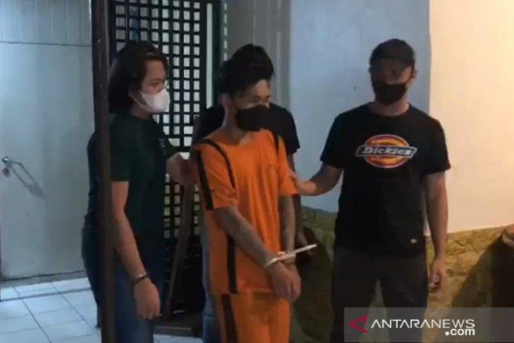 Preman pasar, buronan kasus penganiayaan akhirnya tertangkap Tim Maung Hideung