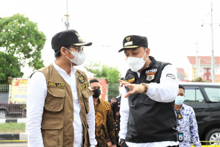 Wali kota: Penyekatan di Suramadu sisi Surabaya bantuan untuk Posko Bangkalan