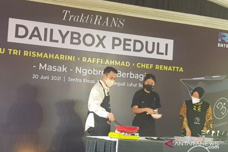 Mensos ajak publik figur motivasi penerima manfaat di Bekasi (video)