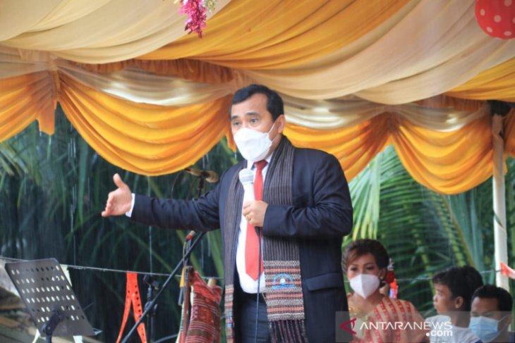 Ephorus HKBP apresiasi pembangunan yang dilakukan Bupati Tapteng