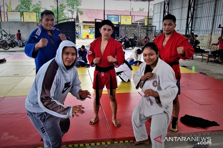 Lima atlet sambo Kalsel ikuti Kejurnas di Bandung demi Asian Championships