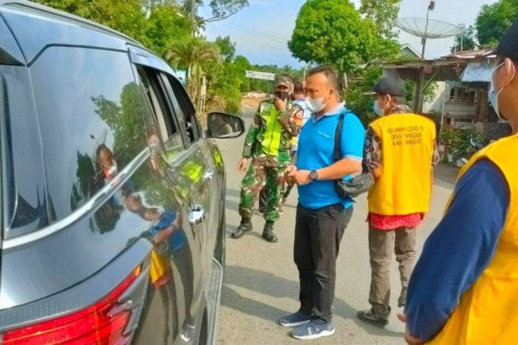 Satgas COVID-19 Bahorok lakukan penyekatan menuju kawasan wisata Bukit Lawang
