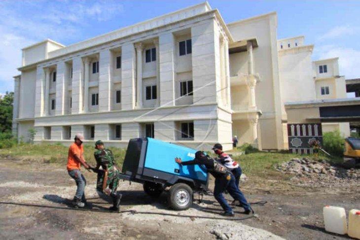 Sehari 13 warga Kabupaten Indramayu meninggal akibat COVID-19