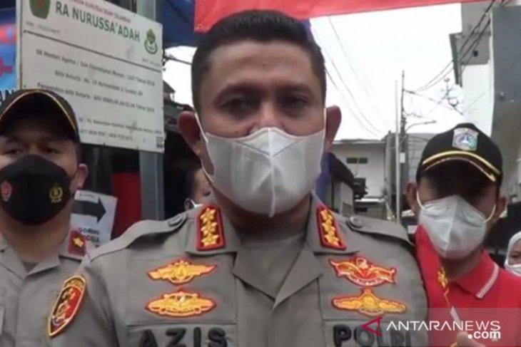 COVID-19, permukiman di Cilandak dikarantina akibat 17 warga positif