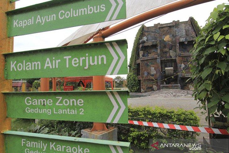 Penutupan objek wisata di Indramayu