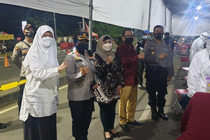 Pimpinan DPRD Surabaya minta pelaksanaan penyekatan Suramadu terus dievaluasi