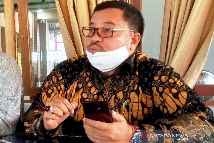 DPRA minta pemerintah cabut izin PMKS mainkan harga kelapa sawit